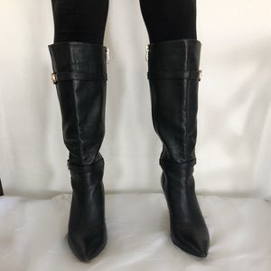 Vince Camuto Women 8 Black leather boots gold knee